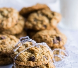 Oatmeal and Milled Flaxseed Chocolate Chip Cookies