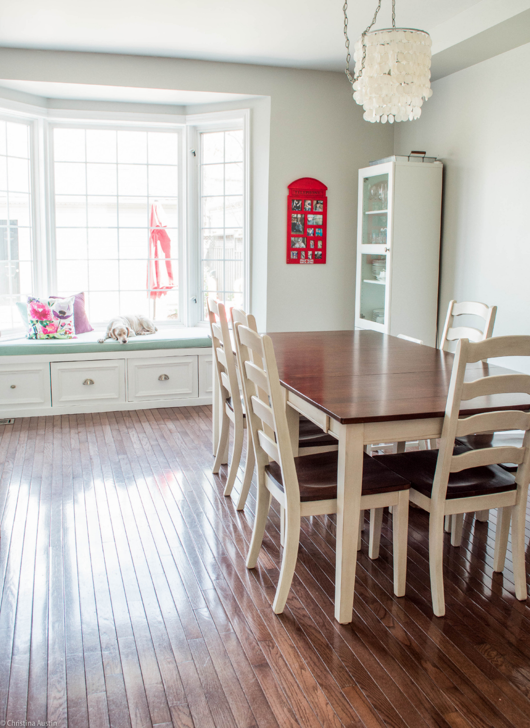 Kitchen dining room and Window seat