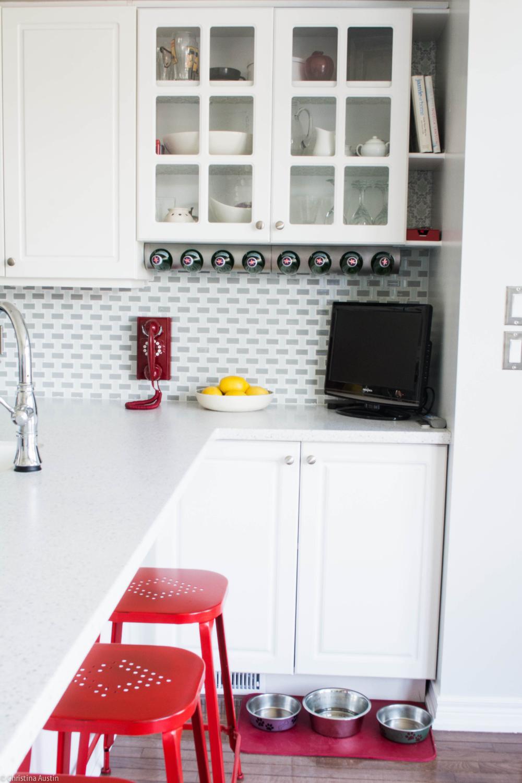 kitchen glass cupboard